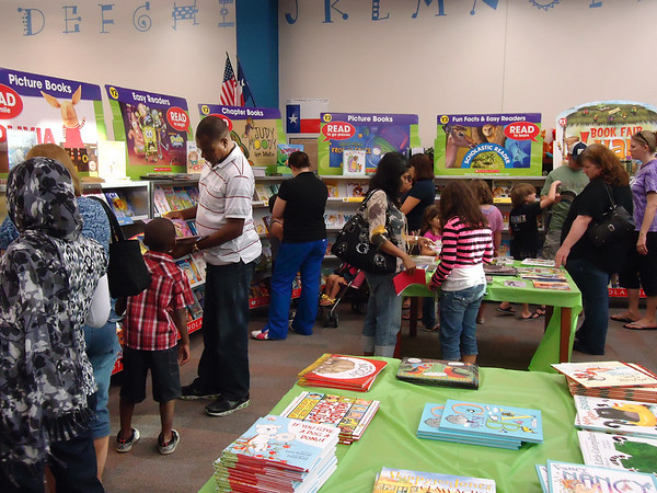 Janet Brockett Elementary 2012 Literacy Night