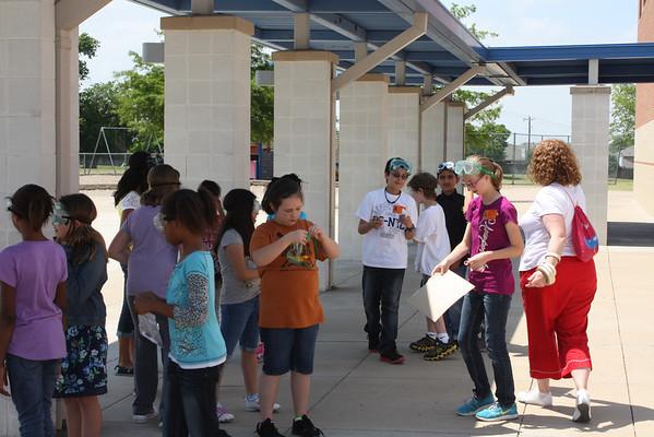 Brockett 3rd Graders get Volcano Lesson